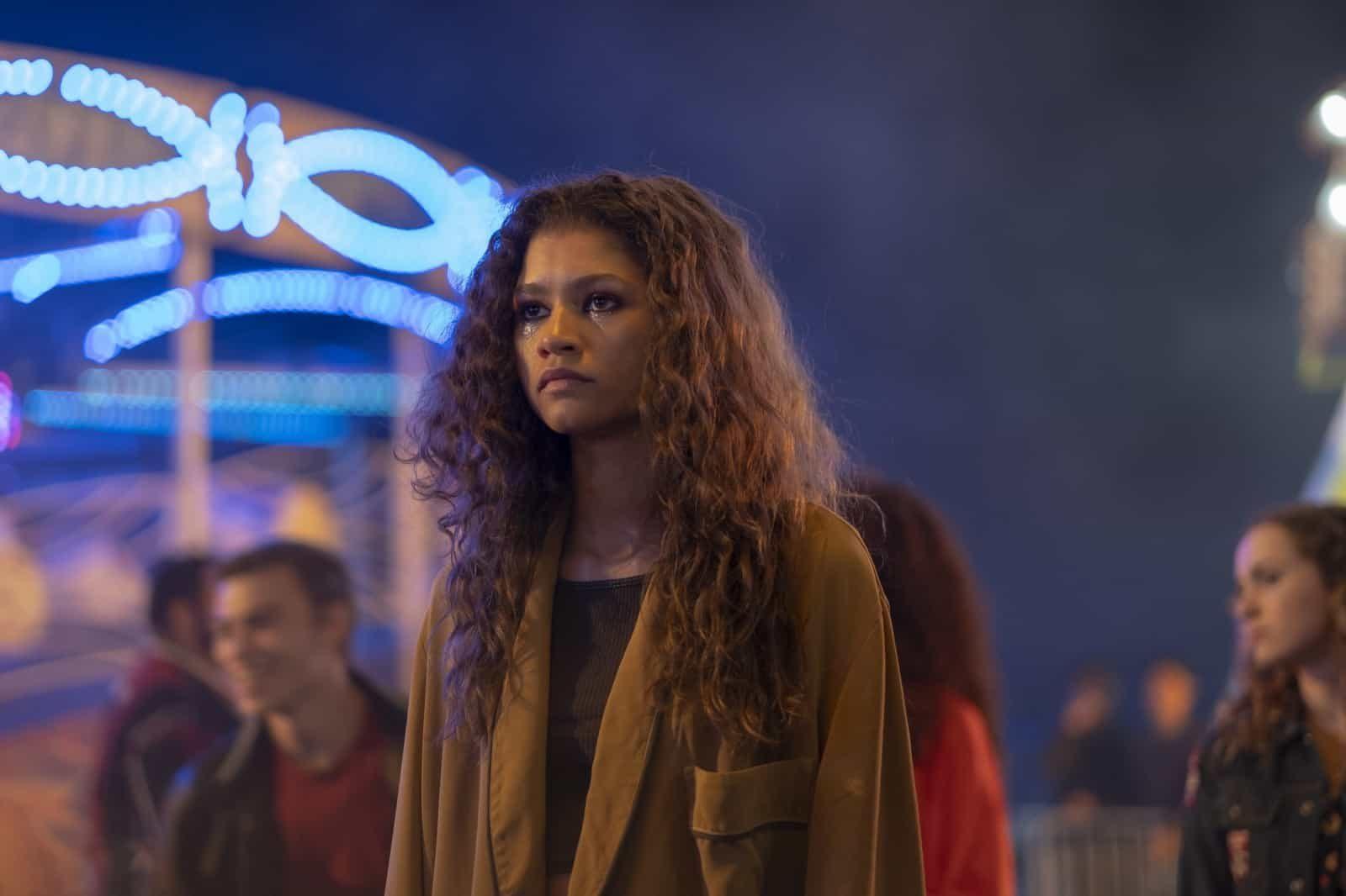 Rue (Zendaya) en Euphoria 1x04