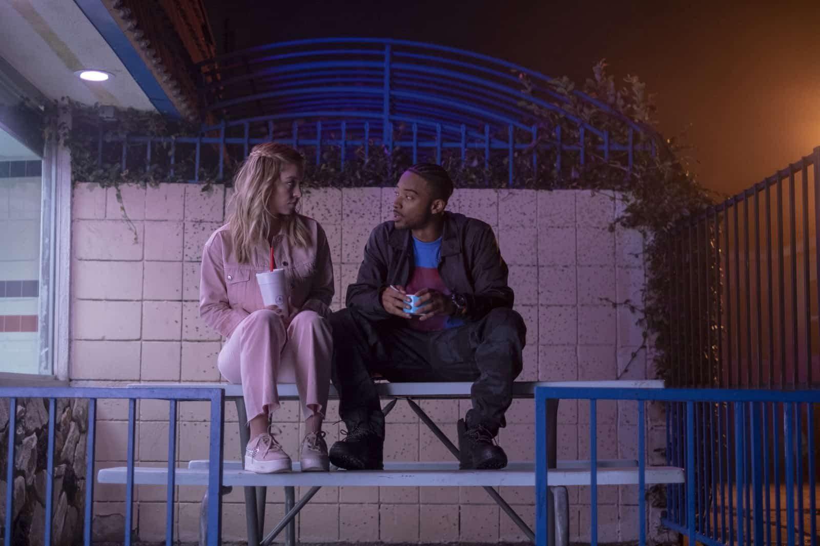 Cassie (Sydney Sweeney) y McKay (Algee Smith) en Euphoria Temporada 1 Capitulo 5