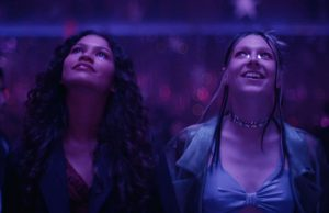 Rue y Jules en el final de temporada de Euphoria 1x08 And Salt the Earth Behind You