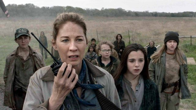 June (Jenna Elfman) en Fear The Walking Dead Temporada 5 Capitulo 8