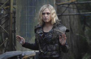 Eliza Taylor como Clarke Griffin en The 100 Temporada 6 Capitulo 11