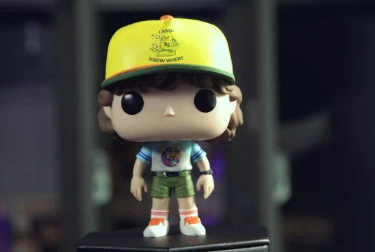 Figura Funko Pop! de Dustin en la tercera temporada de Stranger Things