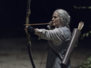 Melissa McBride como Carol Peletier en The Walking Dead Temporada 10 Episodio 7