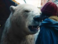 Lyra y el oso polar en His Dark Materials 1x04 Armour