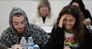 Angus Cloud y Zendaya en la lectura del guión de la segunda temporada de Euphoria