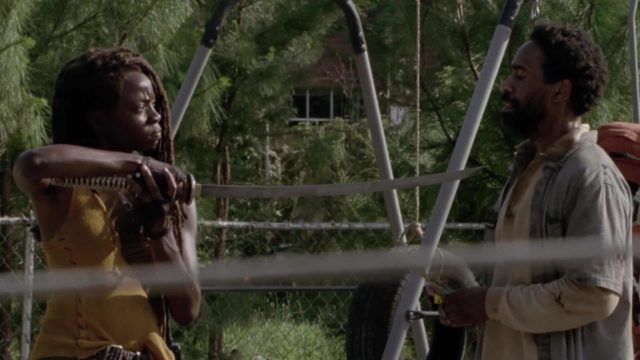 Michonne y Virgil en The Walking Dead 10x13