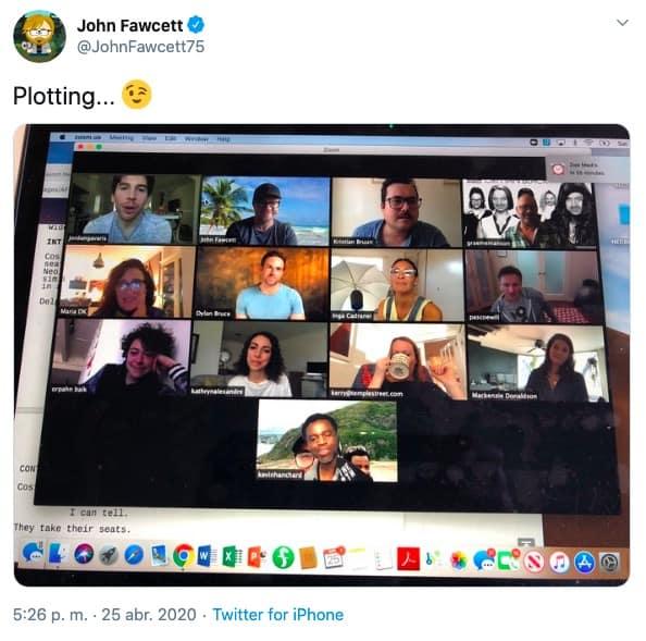 Tweet de John Fawcett, creador de Orphan Black