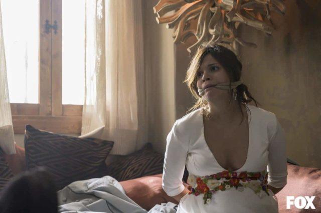 La novia en Vis a Vis El Oasis S05E03