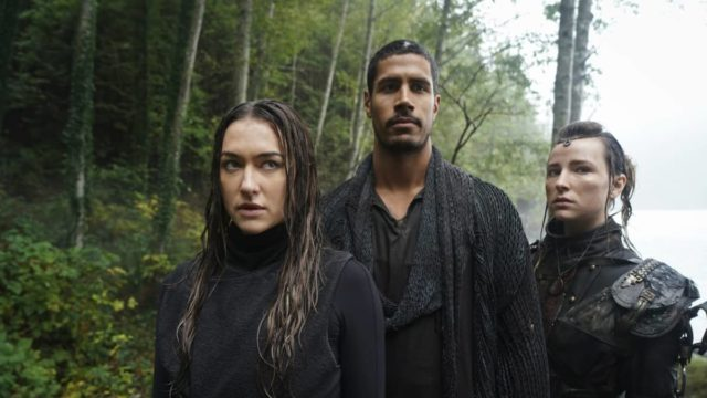 Echo, Gabriel y Hope en The 100 7x02 The Garden