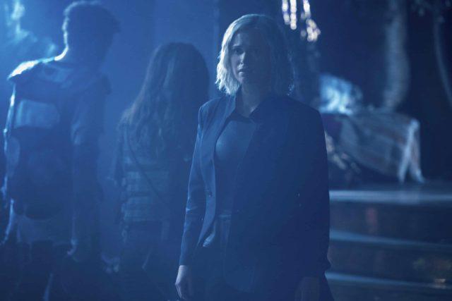 The 100 7.03 False Gods - Eliza Taylor as Clarke