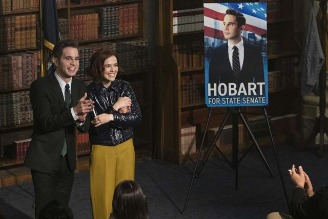 Payton (Ben Platt) e Infinity (Zoey Deutch) en la segunda temporada de The Politician