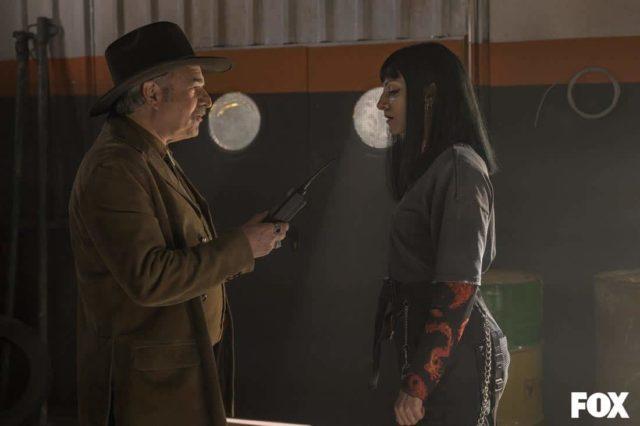 David Ostrosky como Víctor Ramala y Najwa Nimri como Zulema Zahir en Vis a Vis El Oasis Episodio 7