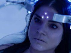 Marie Avgeropoulos como Octavia en The 100 S07E05