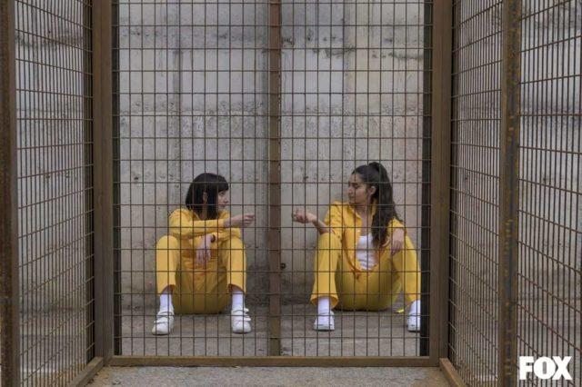 Najwa Nimri como Zulema Zahir y Alba Flores como Saray Vargas en Vis a Vis El Oasis