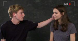Louis Hofmann (Jonas) y Lisa Vicari (Martha) en el casting para Dark