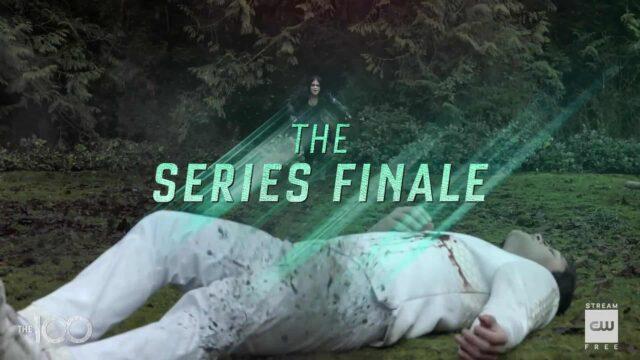 Octavia corriendo a ayudar a Levitt en el último episodio de The 100 The Last War