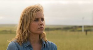 Kim Dickens como Madison Clark en Fear The Walking Dead