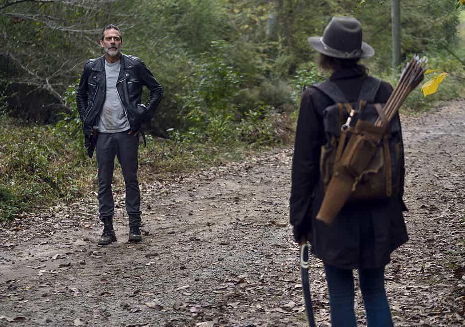 Negan (Jeffrey Dean Morgan) se encuentra con Maggie (Lauren Cohan) en The Walking Dead 10.17