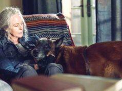 Carol (Melissa McBride) y Dog en The Walking Dead 10x21 Diverged