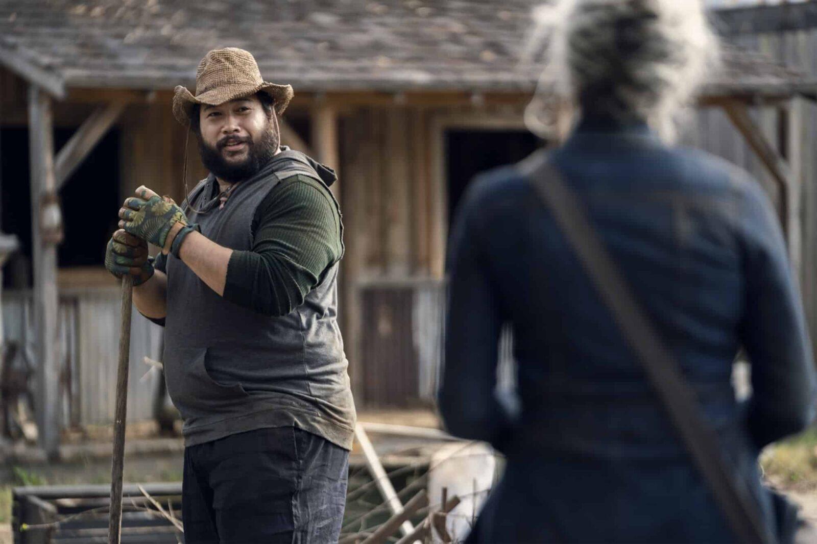 Jerry y Carol en The Walking Dead 10x21 Diverged