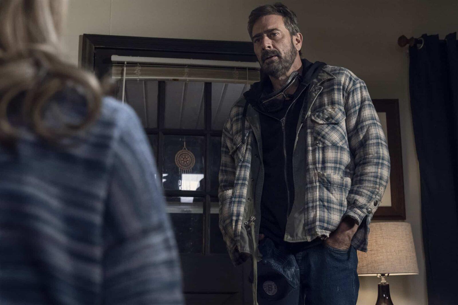 Flashback de Negan (Jeffrey Dean Morgan) en The Walking Dead 10x22 Here's Negan