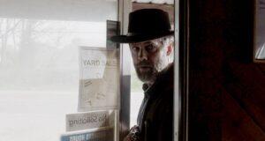 Garret Dillahunt como John Dorie en Fear The Walking Dead 6x08